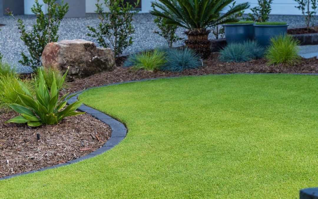 On-Trend Lawn Edging Options!