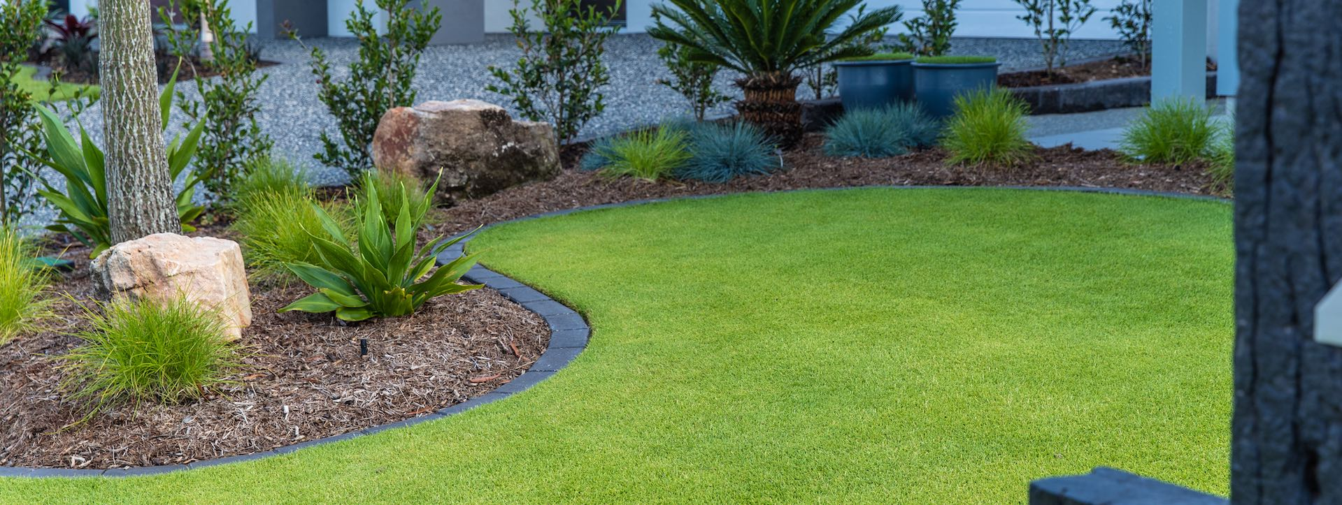 On Trend Lawn Edging Options Cobbitty Lawn Turf
